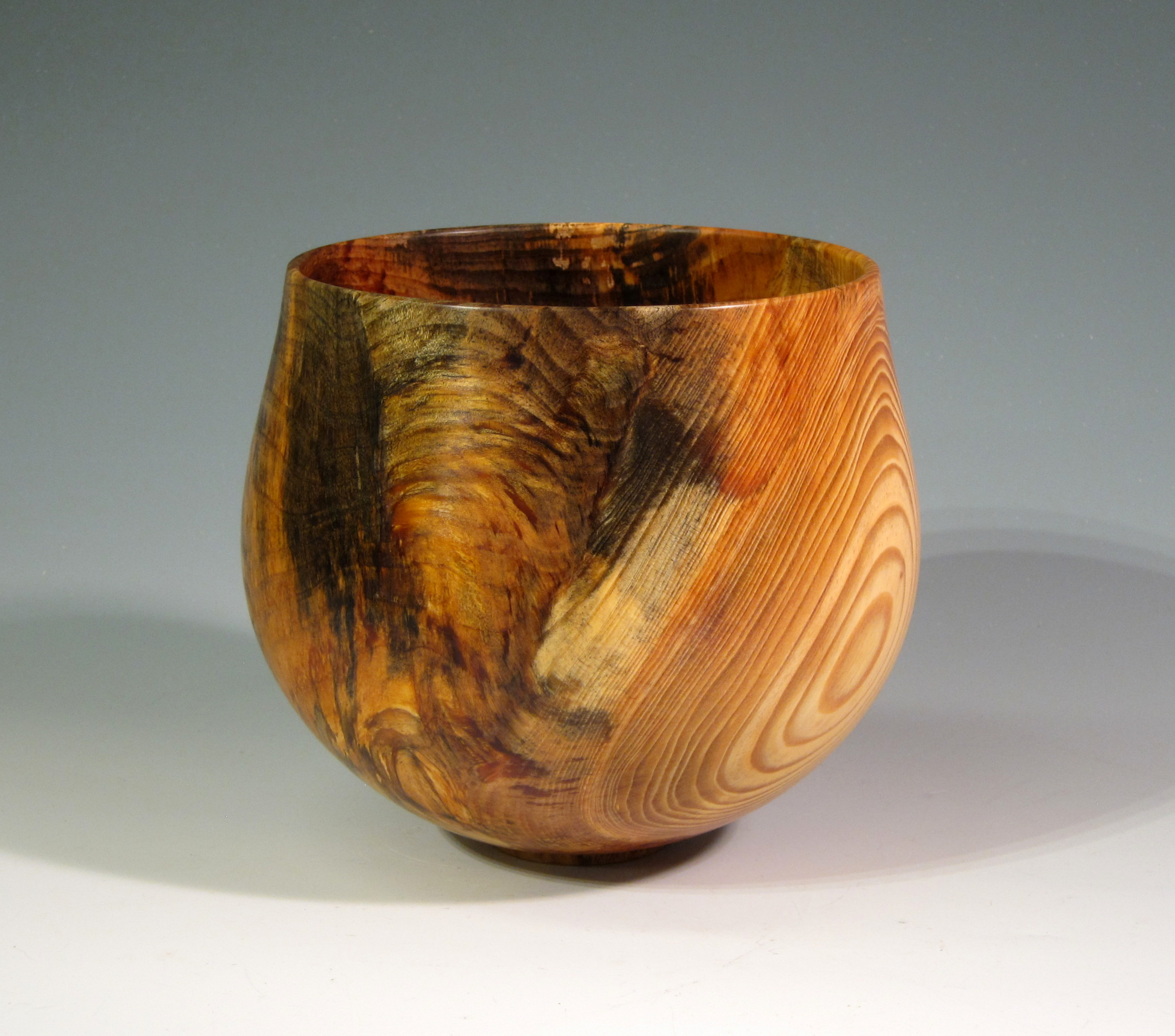 "Chris Boerner -- 9"" x 7"" Duke Forest Pine Bowl"